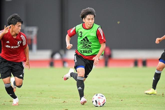 U-19日本代表候補26名が発表! U-20W杯出場のFW斉藤や高卒ルーキーのMF松村&FW晴山らが選出