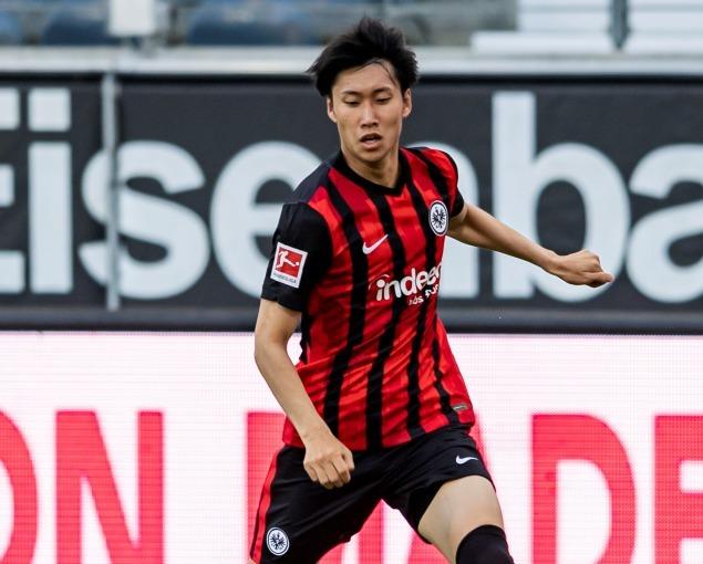 「目標は15ゴール」鎌田大地、フランクフルトと2023年まで契約を延長。新シーズンへの意気込みを語る