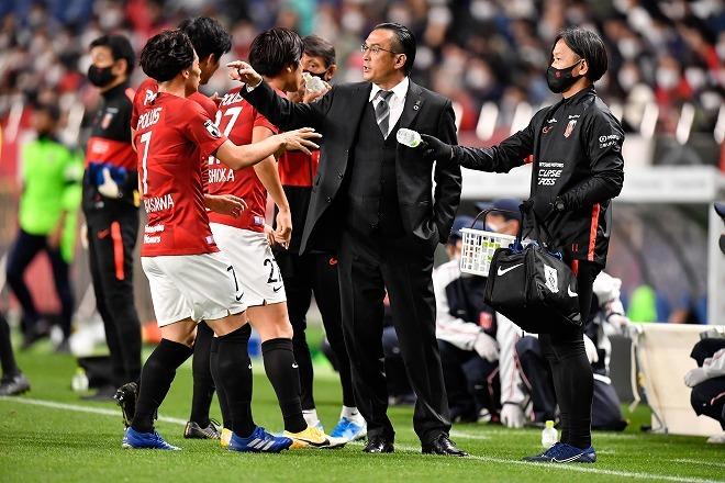 【浦和】退任発表後の会見で大槻監督が語った胸中…「3年計画」初年度で目指したもの
