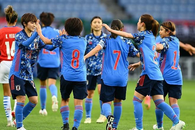 「南ーっ!代表初ゴール」「岩渕もキターーー!!」1年ぶりのなでしこジャパンの試合にファンも熱狂!