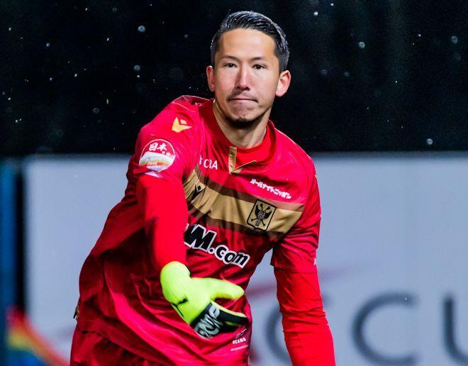 「ベルギーで3本の指に入る」STVVの守護神シュミット・ダニエルが絶賛した日本人選手は?【インタビュー/後編】