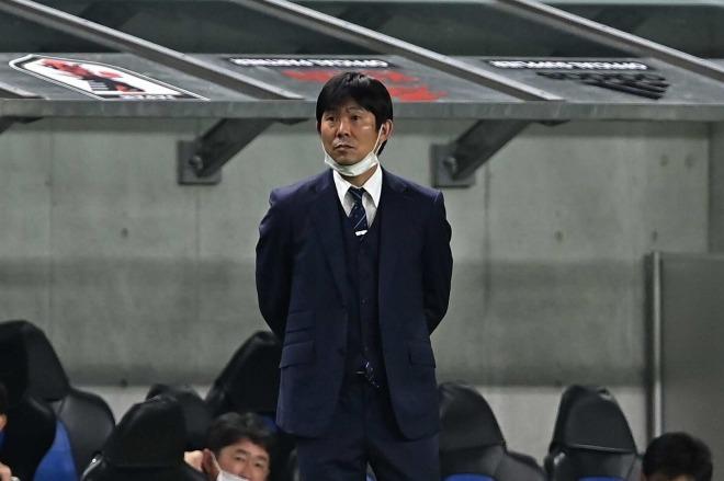 「日本の選手層は厚いぞと」森保監督が評価した選手の気概!ハットトリックのオナイウにも賛辞