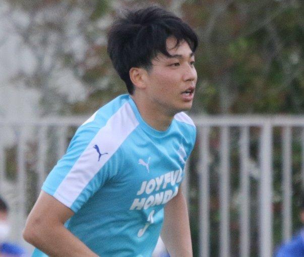角田涼太朗はなぜ卒業前に筑波大蹴球部を辞めてマリノス入りを実現できたのか? 室屋成、上田綺世にも共通するのは…