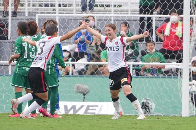 【WEリーグ開幕】浦和Lが塩越の決勝弾でベレーザに逆転勝利。I神戸は圧巻5発で大宮Vを一蹴