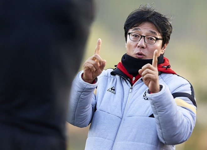 元Jリーグ得点王がパリ五輪を目ざすU-23韓国代表の監督に就任!「当面の目標はアジア大会連覇だ」と地元紙