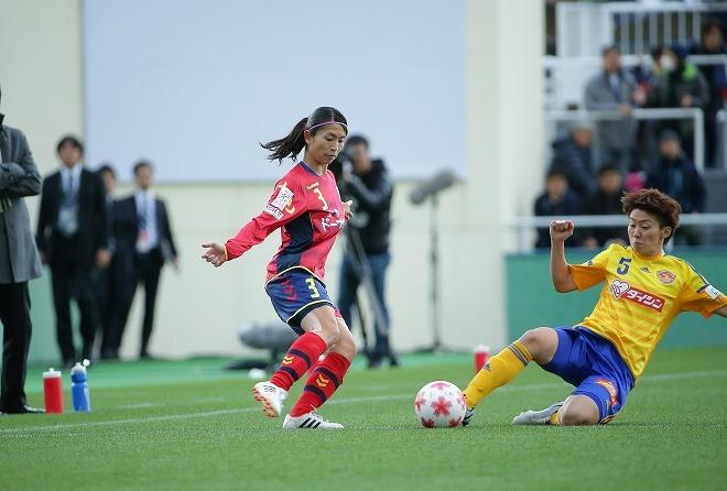【皇后杯】澤の引退後、勝負強さを増したINAC。鮫島彩が感じる手応え