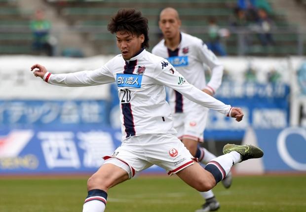 ロアッソ熊本MF上里一将がJ2通算300試合出場を達成…今季加入の31歳