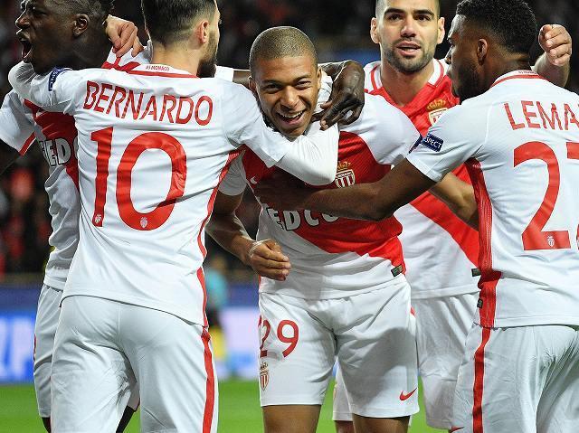 記録づくめの神童エムバペ、CL出場4試合で5得点! 早くもフランス人歴代7位に