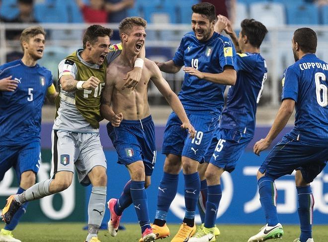 【U-20W杯】日本と対戦した3チームが4強入り! 日本になかった彼らの強みとは?
