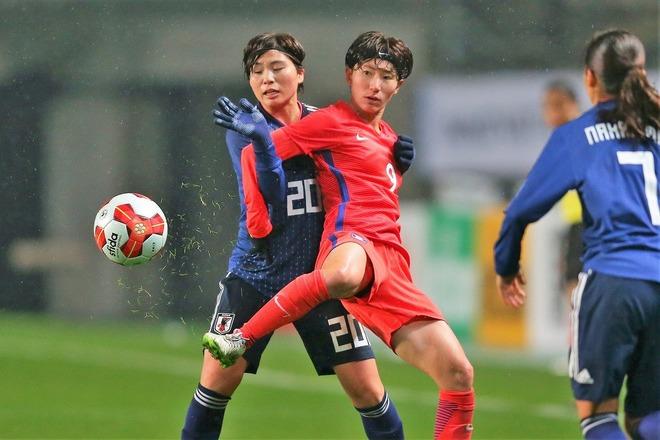 なでしこジャパンに苦杯…韓国メディアは「冷たい雨の中で冷たい現実を突きつけられた」