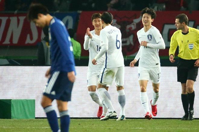 韓国メディアが痛恨のひと言…「ハリル監督になって日本の良さが霞んでいる」