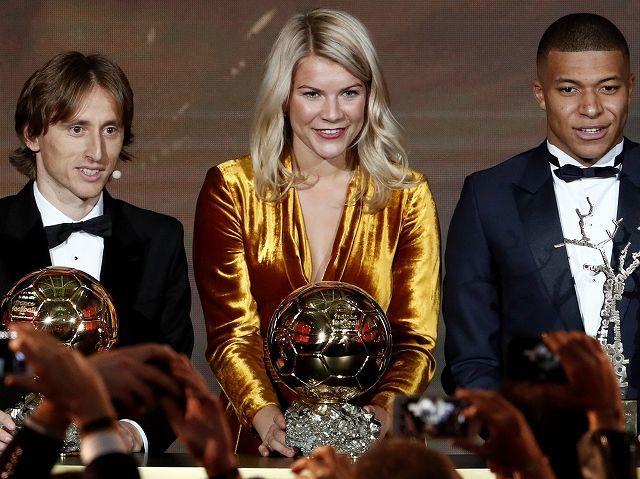 エムバペも唖然! 女子初のバロンドール授賞式でセクハラ騒ぎ…DJは発言を謝罪、選手らは擁護