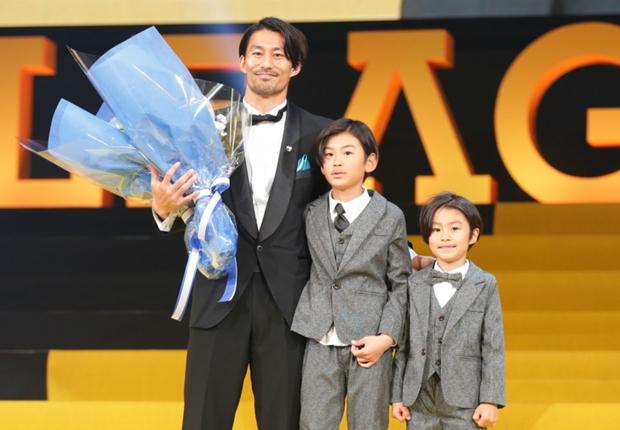 MVPの家長昭博、支えとなった家族に感謝「頑張って良い背中を見せたい」
