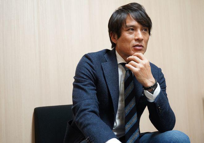 【宮本恒靖インタビュー】イニエスタやF・トーレスなど日本でビッグネームがプレーするのは、Jリーグ全体にも知見を与える
