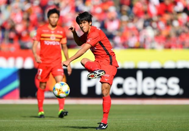 苦渋の決断も、名古屋に来てよかった。米本拓司、古巣・FC東京戦で成長した姿を見せる