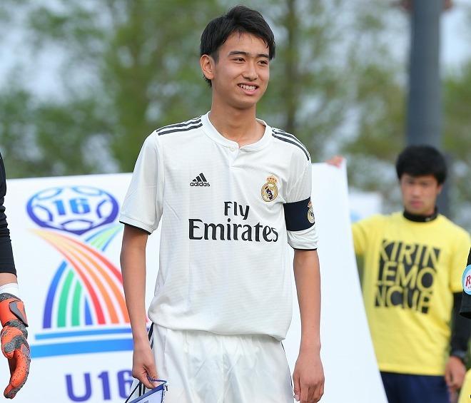 「日本代表としてワールドカップで活躍したい!」マドリーの15歳、中井卓大が名FWの前で夢を語る!