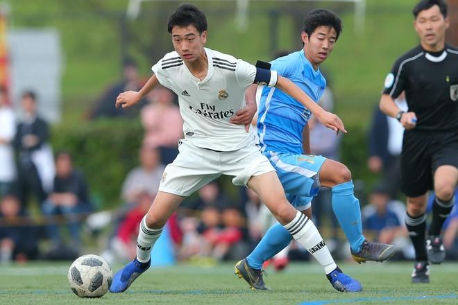 """レアルの15歳・中井卓大は日本人初となる""""トップ昇格""""を果たせるのか――。「18歳」がひとつの分岐点に"""