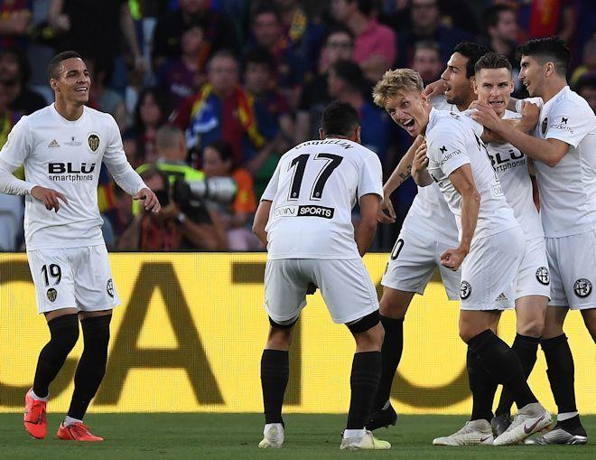 バルサ、国内2冠の夢破れる!カウンターが炸裂したバレンシアが11年ぶりの国王杯制覇!