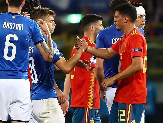 """日本の""""気品""""が欧州にも浸透? U-21欧州選手権でスペインがロッカールームを清掃し、宿敵イタリアに感謝!"""