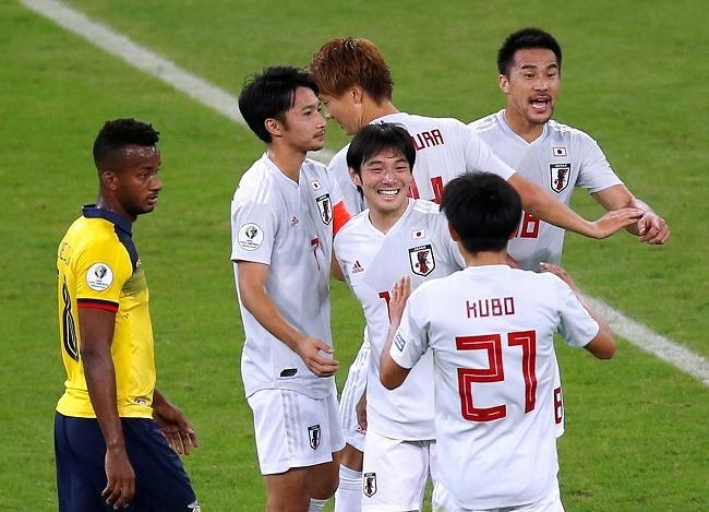 「ナイスVAR!」「バチバチで最高の試合」勝てば決勝Tのエクアドル戦、日本先制にファンも興奮!