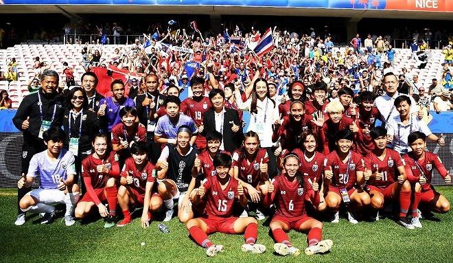 """「0-13」の記録的大敗も…タイ女子代表に訪れた最終戦前のささやかなドラマ。奮闘を見せた""""チャバーゲーウ""""の結末は?"""