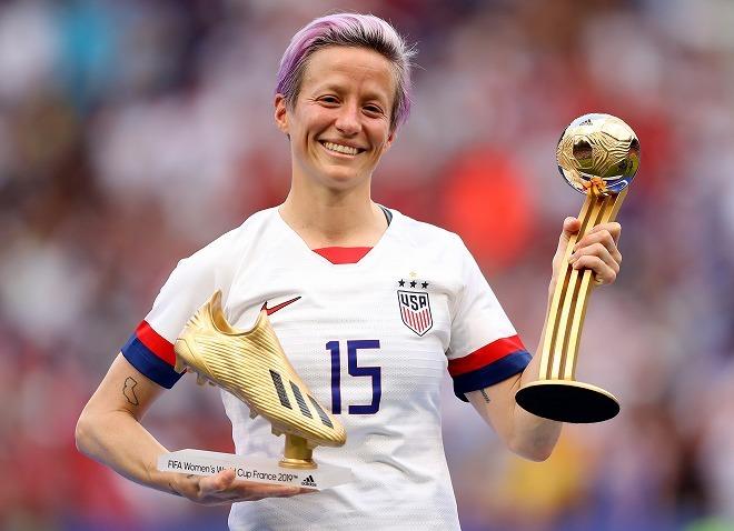 """女子W杯、アメリカがオランダを破り連覇達成! MVPは""""発言""""で物議を醸した得点王ラピノー"""