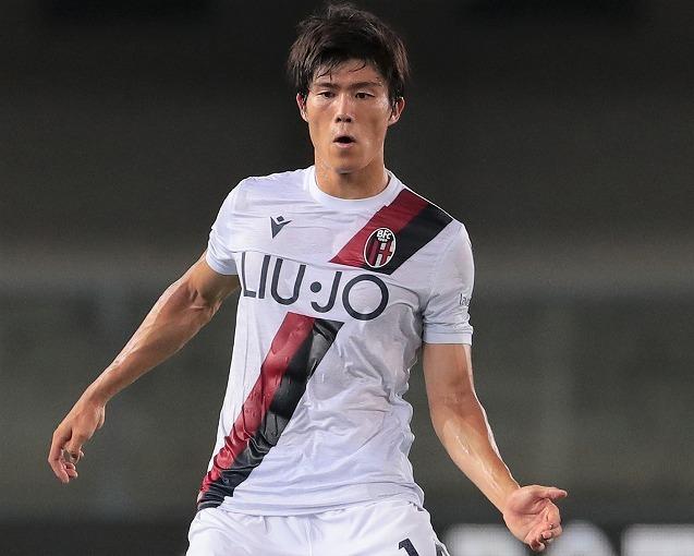 「日本人や韓国人は能力が高いことを知っておくべきだ」クラブの月間MVPに選出された冨安健洋を、元イタリア代表が絶賛!