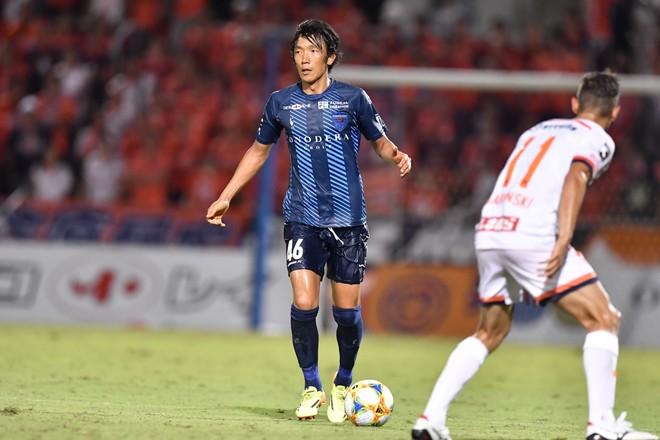 【横浜FC】ボランチでフル出場の中村俊輔。「まあまあ頑張ってんじゃん」と笑顔で自己評価