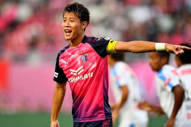 Jリーグが10月の月間ベストゴールを発表!J1は「まさにジーニアス」な一撃が、J2では日本を代表するレフティーのミドルが選出