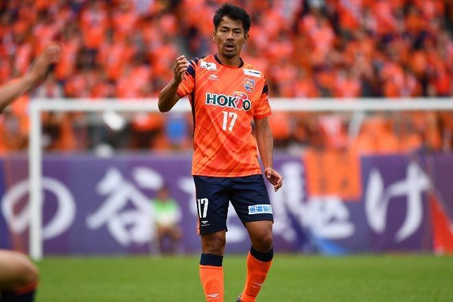 元日本代表MFの明神智和が現役引退を発表。「来季の契約のお話をいただいたのですが…」
