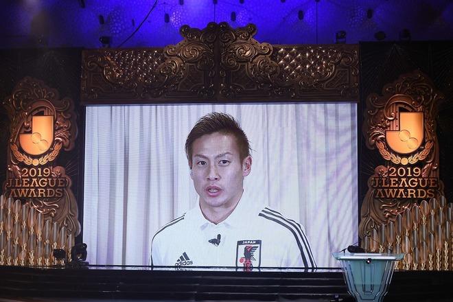 【Jアウォーズ】年間MVPは横浜の仲川輝人に決定! 得点王とダブル受賞は史上7人目の快挙!