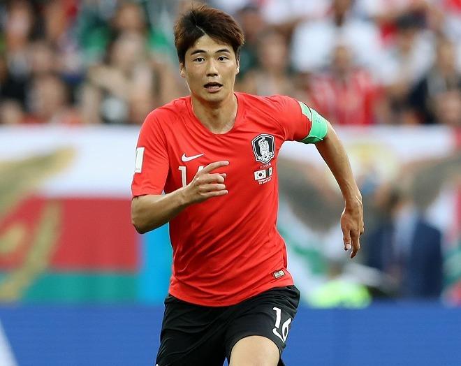 「劇的にレベルが上がる日本へ…」韓国代表MFキ・ソンヨンがJリーグ電撃参戦!? 英メディアが動向をリポート