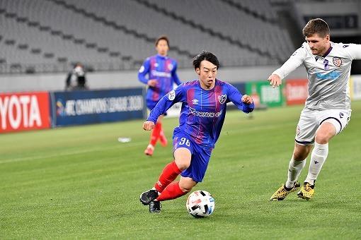 【FC東京】「流れを変えた」「相手にとっては嫌」。長谷川監督と同期の安部に評された魅惑のドリブラー