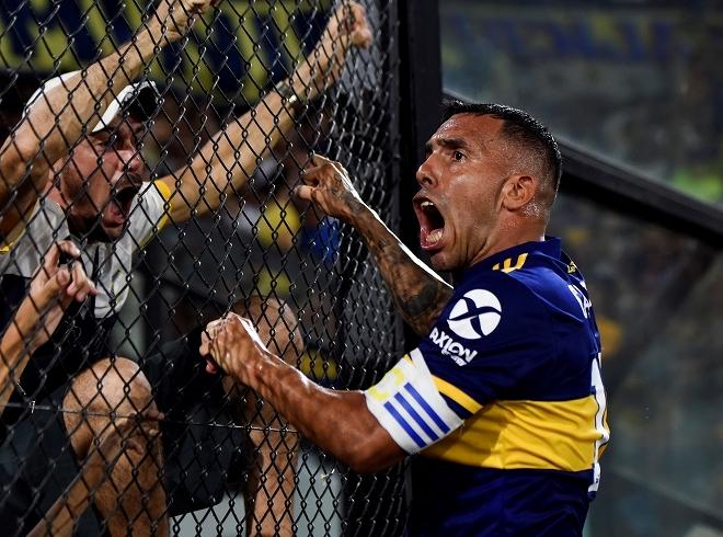 「サッカー選手は無給でも暮らせる」テベスが社会的弱者への支援を訴える!「金を稼ぐために逮捕されている人が…」