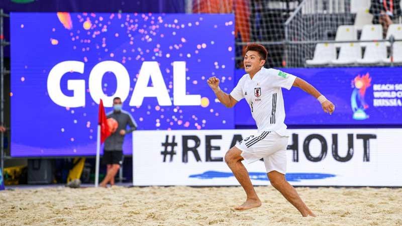 ビーチサッカー日本代表、パラグアイに0-3からの大逆転勝利でW杯白星スタート