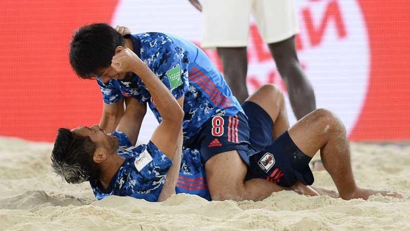 セネガル代表に快勝の日本、ビーチサッカーW杯史上初の決勝進出決める