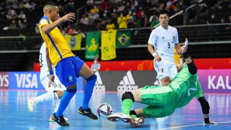 フットサル日本代表、粘り強い守備で食い下がるも王者ブラジルに逆転負けで8強進出はならず