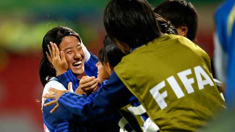 リトルなでしこ2連覇に王手!強豪スペインに3−0勝利