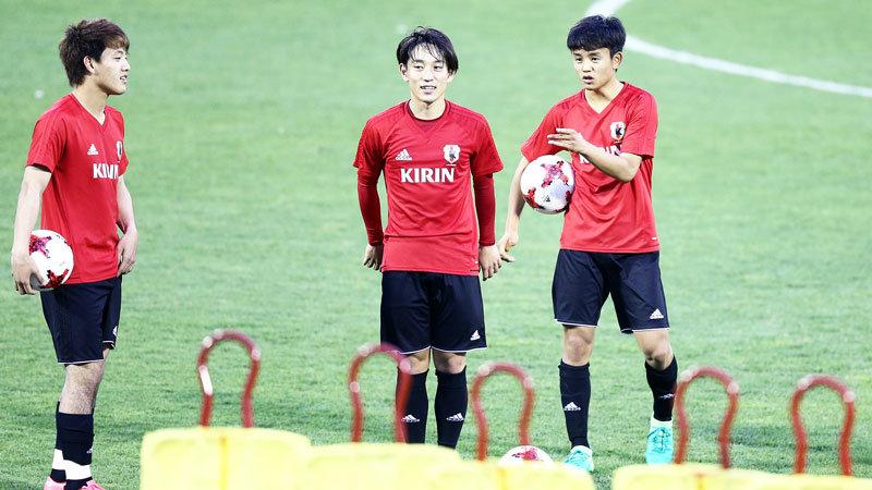 【現地取材動画】U-20日本代表、イタリア戦 前日練習 田川、杉岡、堂安コメント