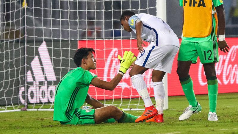 GK谷が攻守連発も...U-17日本代表、イングランドにPK戦で敗れ、ベスト16で夢潰える