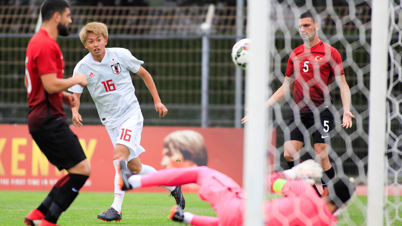 10人になったU-21日本代表が強豪ポルトガルを逆転で撃破、準決勝進出に望みつなぐ
