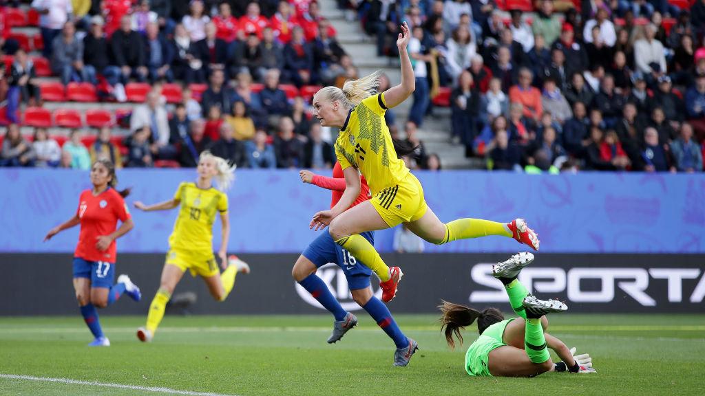スウェーデンが終盤の2ゴールでチリを下す【FIFA 女子ワールドカップ - グループF第1節 ハイライト動画】