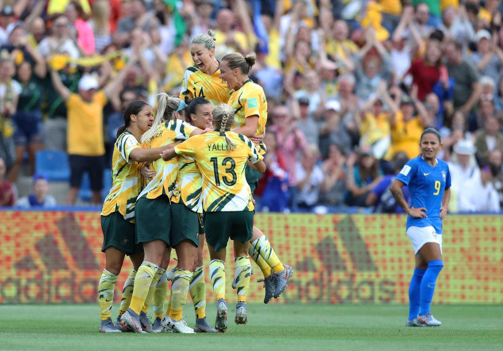 豪州が2点差から逆転勝利!ブラジルはFWマルタが女子W杯通算16ゴール目を決めるも、VAR判定に泣く【FIFA 女子ワールドカップ - グループC第2節 ハイライト動画】