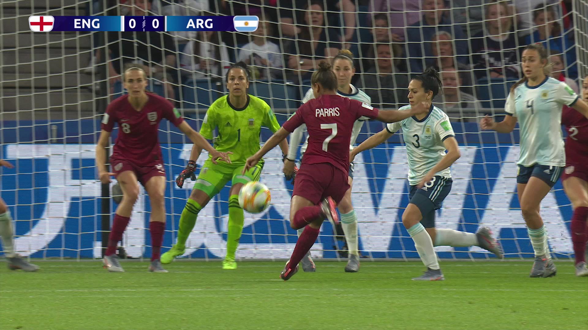 猛攻実ったイングランドがアルゼンチンを下し決勝T進出!【FIFA 女子ワールドカップ - グループD第2節 ハイライト動画】