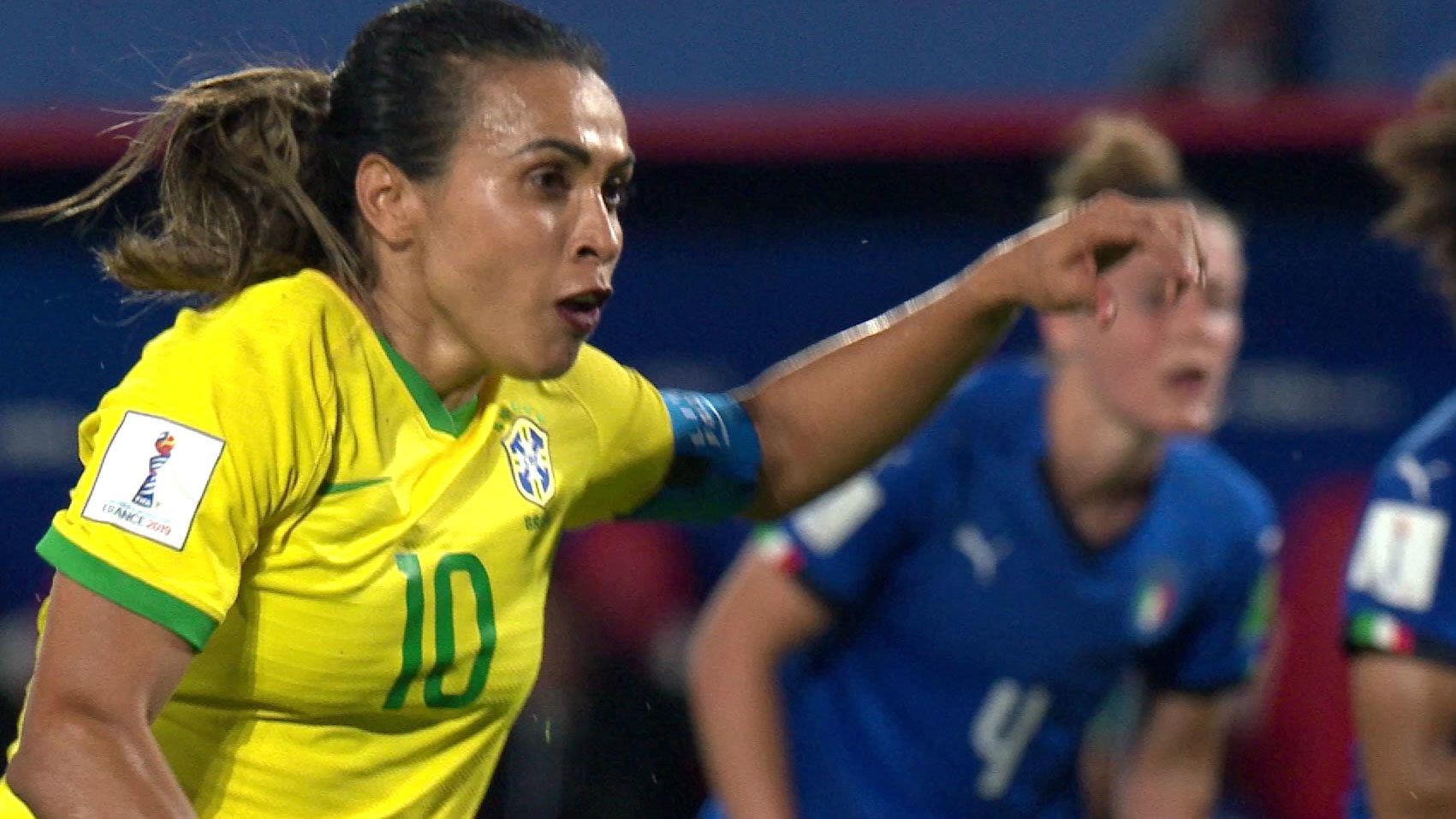ブラジルFWマルタ、女子W杯通算17ゴール目。C組は1位イタリア、3位ブラジルがGL突破【FIFA 女子ワールドカップ - グループC第3節 ハイライト動画】