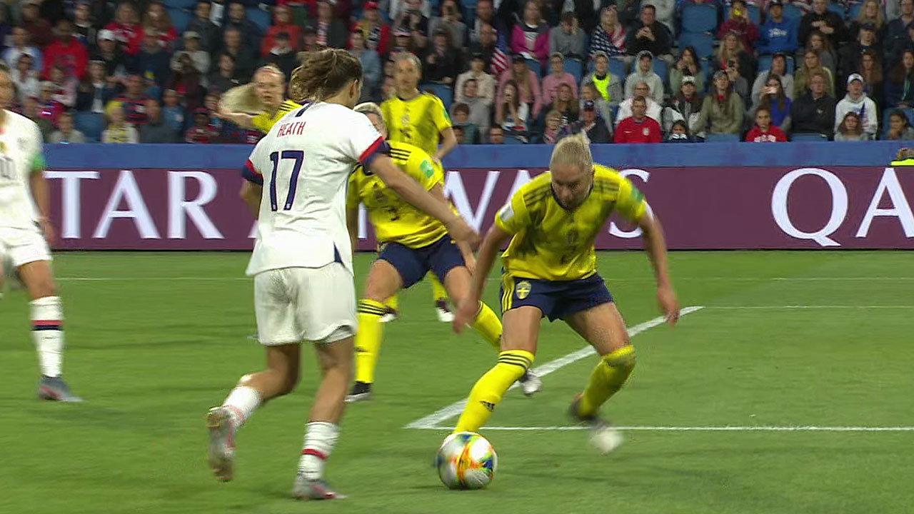 強豪同士の一戦、前回王者アメリカがスウェーデンを下す!GL3戦18得点0失点で連覇に弾み【FIFA 女子ワールドカップ - グループF第3節 ハイライト動画】