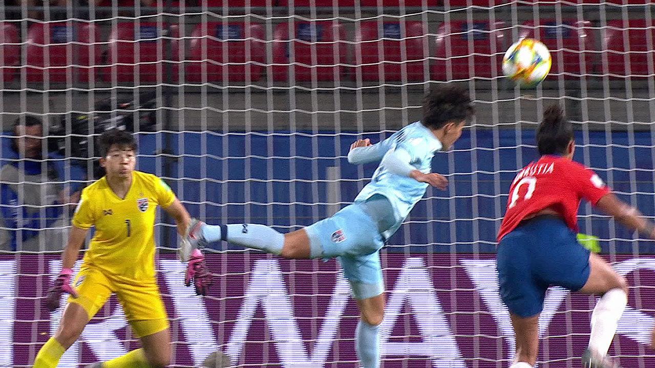 チリがタイを圧倒し2-0勝利。チリはF組3位に滑り込むも得失点差「1」届かずGL敗退【FIFA 女子ワールドカップ - グループF第3節 ハイライト動画】