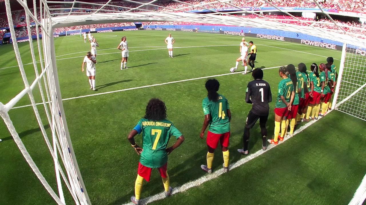 イングランドがカメルーンに完勝し、2大会連続のベスト8へ【FIFA 女子ワールドカップ - ラウンド16 ハイライト動画】