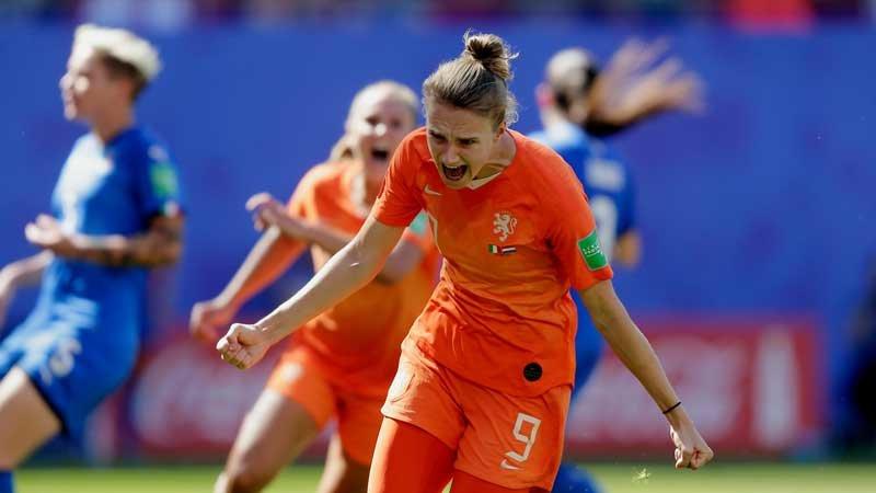女子W杯:なでしこを破ったオランダがイタリアを一蹴、ベスト4に駒を進める