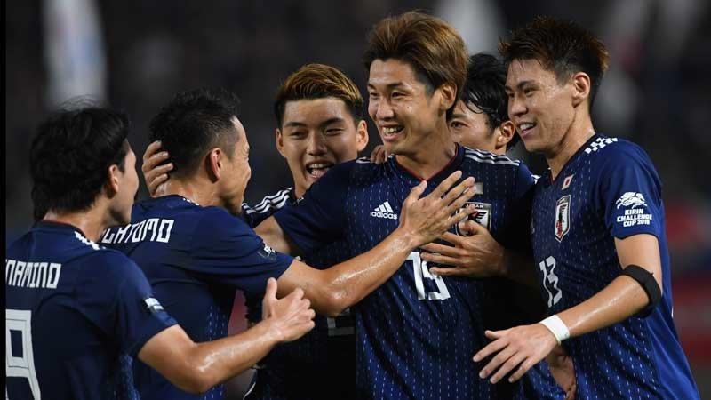 好プレー連発の日本がパラグアイに2−0完勝、W杯予選に向けて弾みつける